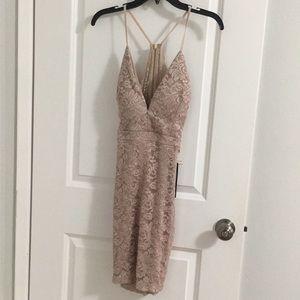 Short dress. Emerald Sundae. Core Social